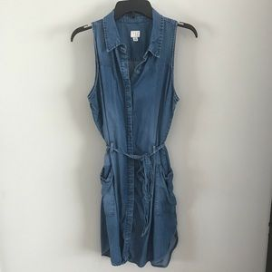 A New Day Sleeveless Chambray Button Up Dress